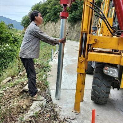 四川盘山公路护栏打桩机反馈